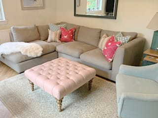 Saving Graces Interiors Saving Graces Interiors Classic style living room Pink