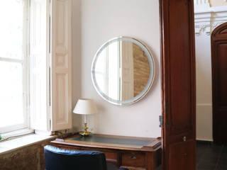 Despacho con ladrillo antiguo visto Arquitectura Sostenible e Interiorismo   a-nat Estudios y despachos de estilo clásico Piedra Blanco