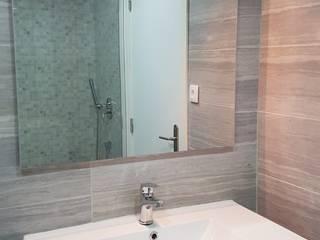Home 'N Joy Remodelações Baños de estilo moderno Gris