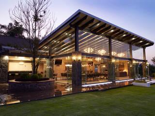arketipo-taller de arquitectura Balcones y terrazas de estilo rural Vidrio