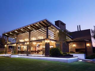 arketipo-taller de arquitectura Balcones y terrazas de estilo rural Hierro/Acero
