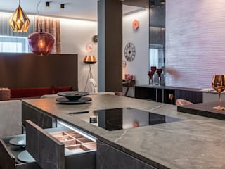 Skapetze Lichtmacher Modern dining room