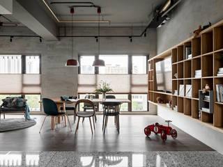 6招簡單佈置技巧,居家辦公也能公私分明 蜂巢簾(空間構成: HAO Design 好室設計) MSBT 幔室布緹 Living room Grey