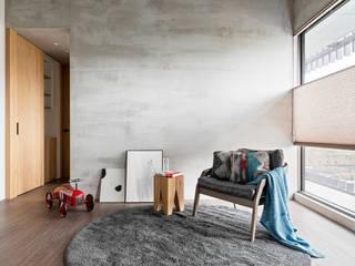 6招簡單佈置技巧,居家辦公也能公私分明 蜂巢簾(空間構成: HAO Design 好室設計) MSBT 幔室布緹 Small bedroom Grey