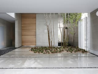 海田の家 吉田豊建築設計事務所 YUTAKA YOSHIDA ARCHITECT & ASSOCIATES モダンスタイルの 玄関&廊下&階段