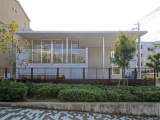 住吉の家 吉田豊建築設計事務所 吉田豊建築設計事務所 YUTAKA YOSHIDA ARCHITECT & ASSOCIATES モダンな 家