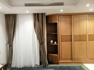 كاسل للإستشارات الهندسية وأعمال الديكور والتشطيبات العامة Small bedroom MDF Brown