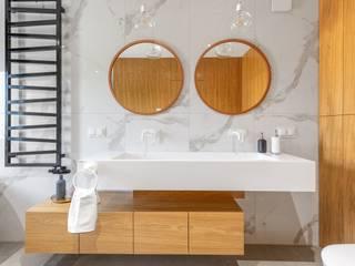 Luxum Modern bathroom White