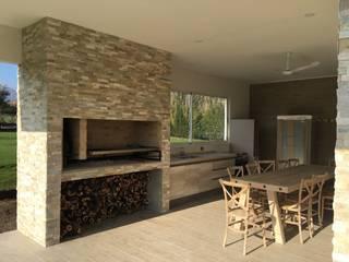 m2 estudio arquitectos - Santiago Modern dining room