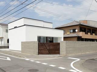 atelier137 ARCHITECTURAL DESIGN OFFICE Casas de madera Blanco