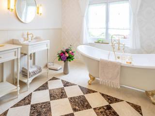 Exklusives Vintage Bad Traditional Bathrooms GmbH Klassische Badezimmer Weiß