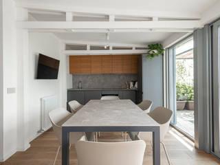 ATTICO A MONZA Arch+ Studio Cucina attrezzata Grigio