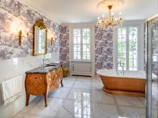 Traditional Bathrooms GmbH Baños de estilo clásico