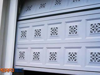 Lamitec SA de CV Minimalistische Garagen & Schuppen Metall Weiß
