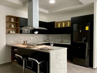 La Central Cocinas Integrales S.A de C.V Kitchen units Chipboard Black