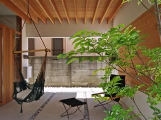 空間建築-傳 Front yard Wood Wood effect