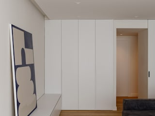 Reforma integral en Vila Olimpica, Barcelona Studioapart Interior & Product design Barcelona Salones de estilo minimalista Blanco