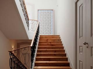 MA.TERIA. REHAB. MADALENA 95 MA.TERIA. ARCHITECTURE SOLUTIONS Escadas Madeira