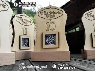 Segnatavoli in legno personalizzati INCORNICIARE Sala da pranzoSedie & Panche Legno composito