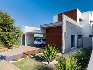 Casa no Royal Boulevard Residence & Resort Santos Arquitetura Casas modernas