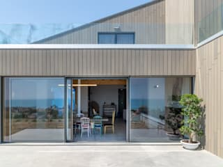 """Ultrashield® by Déco is the leading of """"Residenza Q"""" Déco Villa Holzwerkstoff"""