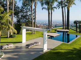 Ultrashield® by Déco is the prestigious solution chosen for the refined outdoor of Villa Ester in Catania, ItalyUltrashield® by Déco composite wood is confirmed as the solution that architects choose to redevelop and enhance the outdoor spaces of prestig Déco Gartenpool Holzwerkstoff