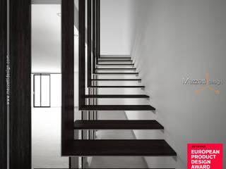 Scala Lamè - progetto vincitore dell'European Product Design Awards Mezzettidesign Scale Legno Marrone