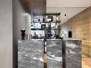 Sulkin Askenazi Modern wine cellar