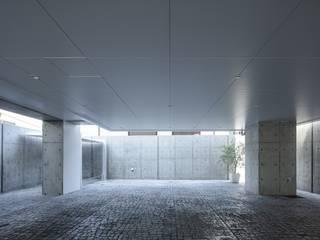 有限会社アルキプラス建築事務所 Офісні будівлі