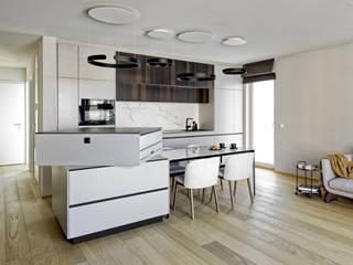 Heerwagen Design Consulting Built-in kitchens Solid Wood