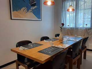 Arredo B&b Studio HAUS Sala da pranzo in stile mediterraneo