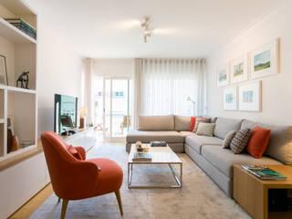 Traço Magenta - Design de Interiores Moderne Wohnzimmer