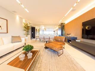 Arquitetura Sônia Beltrão & associados Ruang Keluarga Modern Kayu White