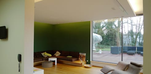 Villa In Saarbrücken: Moderne Wohnzimmer Von Bolz Licht U0026 Wohnen