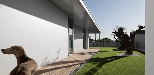 moderner Garten von A2+ ARQUITECTOS