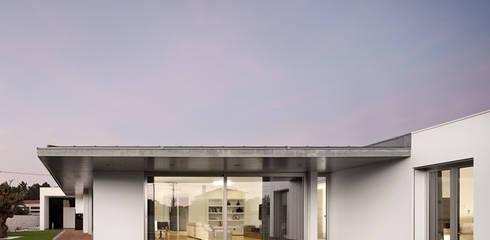Einfamilienhaus von A2+ ARQUITECTOS