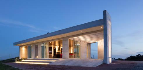 Maisons de style  par Boa Arquitetura