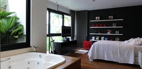 Dormitorios de estilo  por ZAAV Arquitetura
