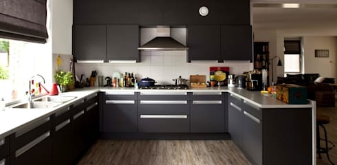 Kitchen by Archivice Architektenburo