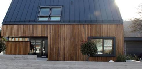 Abbruch und Neubau WOHNHAUS: moderne Häuser von di architekturbüro