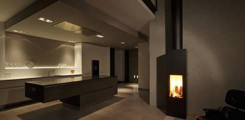 Haus Rheinblick: moderne Küche von wirges-klein architekten