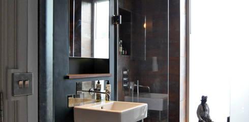 OPPIDANS ROAD, PRIMROSE HILL:  Bathroom by E2 Architecture + Interiors