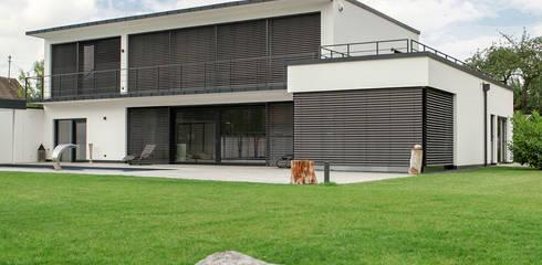 Domizil in Oberbayern: moderne Häuser von Herzog-Architektur