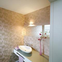 Angelika Wenicker - Vollbad Ванная комната в стиле модерн