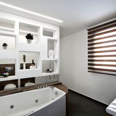 Casa L Laboratorio di Progettazione Claudio Criscione Design Bagno moderno