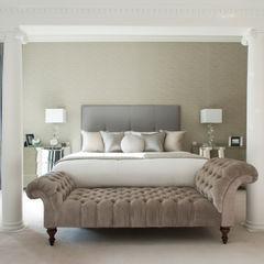 Master Bedroom Roselind Wilson Design Camera da letto moderna