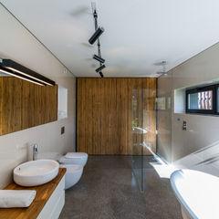 project Kropka Studio Nowoczesna łazienka