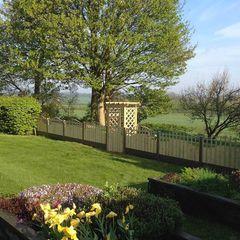 Fencing project Atkinsons Fencing Ltd Scandinavian style garden