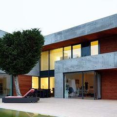 Ansicht Garten I wirges-klein architekten Moderne Häuser