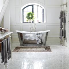 Drummonds Case Study: European Retreat, Denmark Drummonds Bathrooms Baños de estilo escandinavo